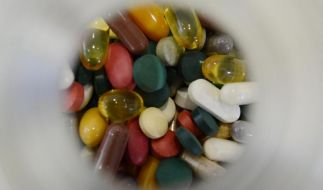 Neue Medikamente ohne Mehrwert - Industrie zweifelt an Prüfungen (Foto)