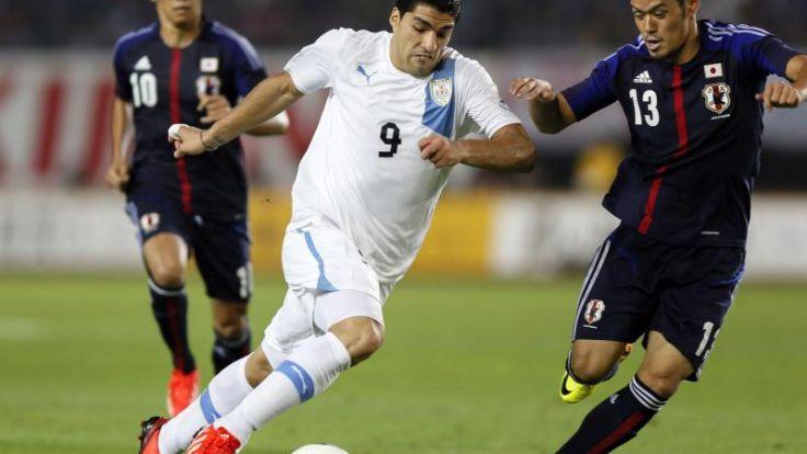 Uruguay kann weiter hoffen: Suárez am Knie operiert (Foto)