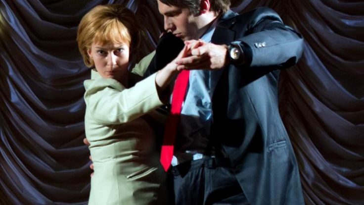 Merkel-Stück amüsiert mit knallharter Intrigantin «Mutti» (Foto)