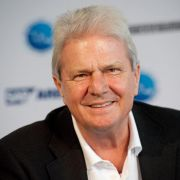 SAP-Gründer Hopp mit Stifterpreis als Wohltäter geehrt (Foto)