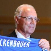 Beckenbauer hofft auf Halbfinale bei der Fußball-WM (Foto)