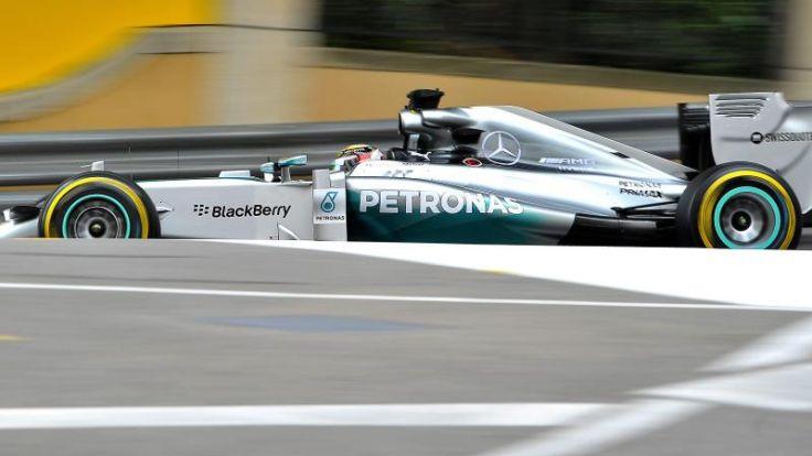 Mercedes-Team verlängert Vertrag mit Titelsponsor (Foto)