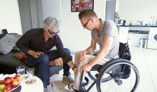 Markus Holubek hat den Querschnittsgelähmten Dennis begleitet. (Foto)
