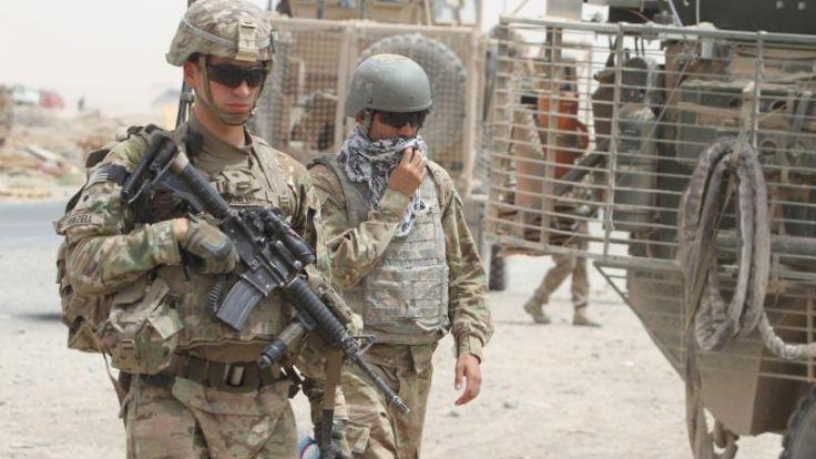 Obama besucht überraschend US-Truppen in Afghanistan (Foto)