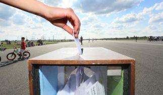 Mehrheit der Berliner lehnt Tempelhof-Bebauung ab (Foto)