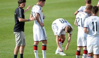 Die WM-Vorbereitungen laufen auf Hochtouren und Bundestrainer Joachim Löw informiert täglich live in seiner Pressekonferenz über den aktuellen Stand. (Foto)