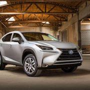 Lexus kündigt Kompakt-SUV NX für Oktober an (Foto)