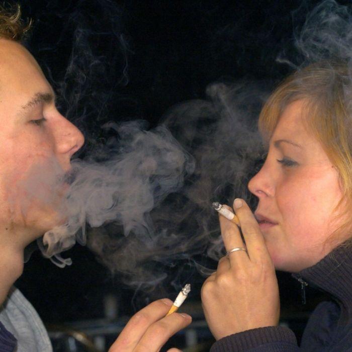 Jugendamt findet: 15-Jährige soll rauchen! (Foto)