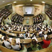 Reform der Ausbildungsförderung: Bafög wird 2016 erhöht (Foto)