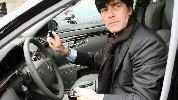 Führerschein weg: Löw will Fahrstil ändern (Foto)