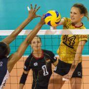 Volleyballerinnen verpatzen Auftakt in Montreux (Foto)