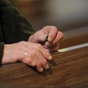 Suche nach dem Sinn: Religion kann Senioren Denkanstöße geben (Foto)