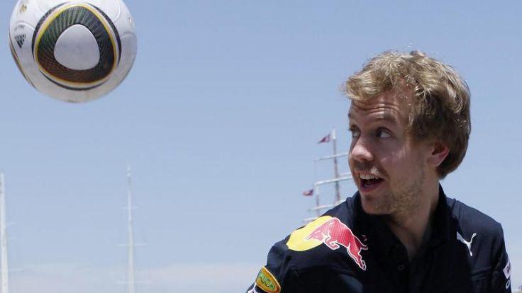 Eintracht-Fan Vettel hält sich für schlechten Fußballer (Foto)