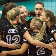 DVV-Frauen mit Chance auf Halbfinale in Montreux (Foto)