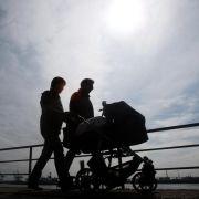 Die meisten Paare nehmen Elternzeit gleichzeitig (Foto)