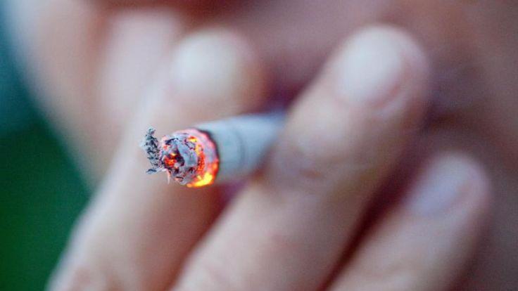Welt-Nichtrauchertag: Ärzte fordern höhere Tabaksteuern (Foto)