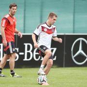 WM-Geheim-Vorbereitung läuft weiter - Lahm am Ball (Foto)