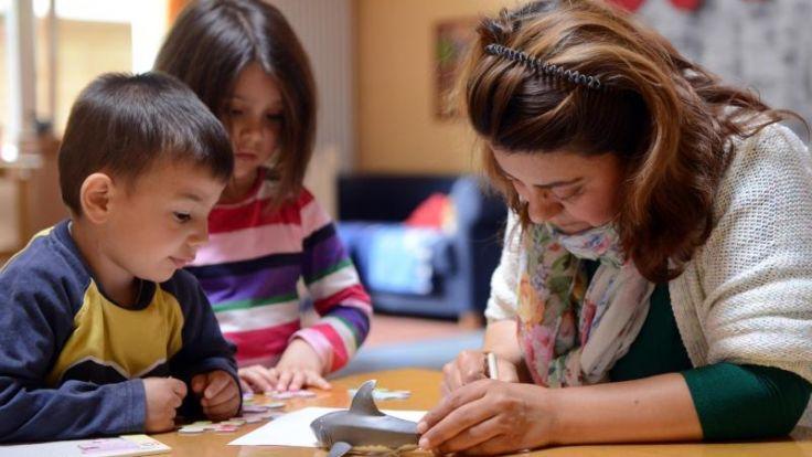 Kinder und Job bewältigen - Hilfen für Beschäftigte (Foto)