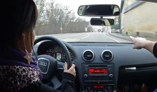 Skandal: Weil sie zu klein ist, dar Melodea ihre Fahrprüfung nicht machen. (Foto)