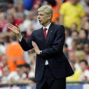 Wenger unterschreibt Dreijahresvertrag bei Arsenal (Foto)