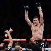 Boxweltmeister Froch gewinnt erneut gegen Groves (Foto)