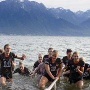 Ab ins Wasser! Volleyballerinnen räumen in Montreux ab (Foto)
