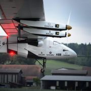 «Solar Impulse 2» absolviert Jungfernflug problemlos (Foto)