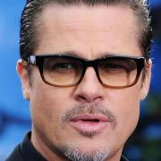 Brad Pitt reagiert auf Teppich-Attacke (Foto)