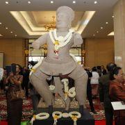 Kambodscha erhält Khmer-Statuen aus den USAzurück (Foto)