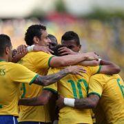 Klarer Testspielsieg für WM-Gastgeber Brasilien (Foto)