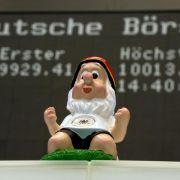 Dax über 10 000 Punkte: Lohnt jetzt ein Aktien-Kauf? (Foto)