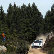 Doppelführung für VW bei der Rallye-WM in Italien (Foto)