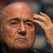 Blatter: Lange Saison schuld an Verletzung der Spieler (Foto)
