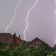 Nordosten und Westen: Auf die Hitze folgt Regen und Sturm (Foto)