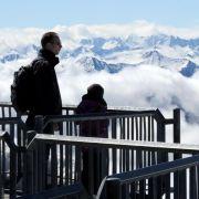 Meteorologin genießt Temperaturen auf Zugspitze (Foto)