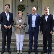 Merkel berät mit Juncker-Gegnern über Zukunft der EU-Kommission (Foto)