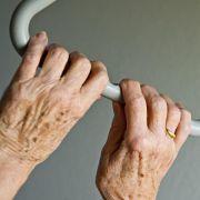 Bayern schlägt Ausbildungsfonds für Pflege vor (Foto)