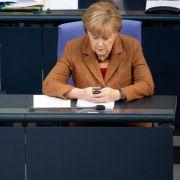 Hat sich Merkel Tausende Facebook-Likes gekauft? (Foto)