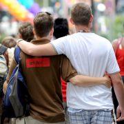 Unfassbar! Schwul nach Schlaganfall (Foto)
