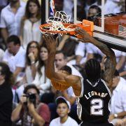Spurs überrollen mit perfektem Basketball Miami (Foto)