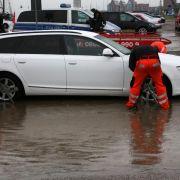 Verheerende Sturmschäden in ganz Deutschland (Foto)