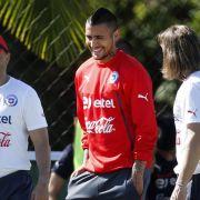 Vidal trainiert - Einsatz nur im Notfall? (Foto)