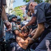 Karneval und Krawalle: Gemischter Auftakt für «Copa» (Foto)