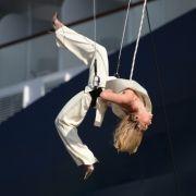 Helene Fischer steht Kopf (Foto)