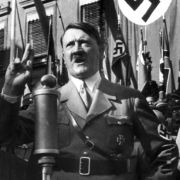 Von Hitler und seinem Gefolge gibt es unzählige Dokumentationen. Über Sinn und Unsinn dieser lässt sich streiten.