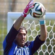 Italiens Torhüter Buffon fällt gegenEngland aus (Foto)