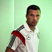 Kommt Lukas Podolski wieder in die Fußball-Bundesliga? (Foto)