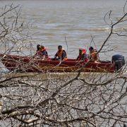Schiffsunglück vor Malaysia: Suche nach Vermissten (Foto)