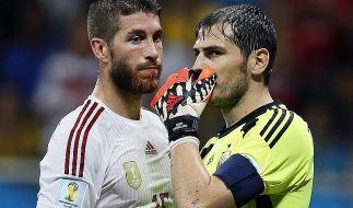 Gegen die Niederlande demontiert: Sergio Ramos und Iker Casillas sind die Gesichter der 1:5-Pleite. (Foto)