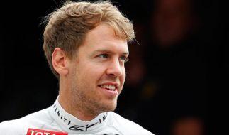 Schumi ist wach! Diese Nachricht kommt für Sebastian Vettel einem kleinen Wunder gleich. (Foto)